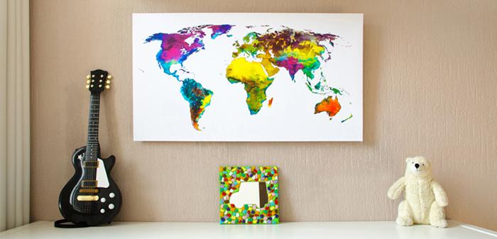 Versie 3 - Wereldkaart Tropical op Kinderkamer-Klein 700x337