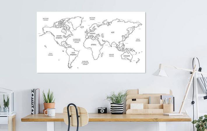 13 Continenten en Wereldzeeen Wereldkaart