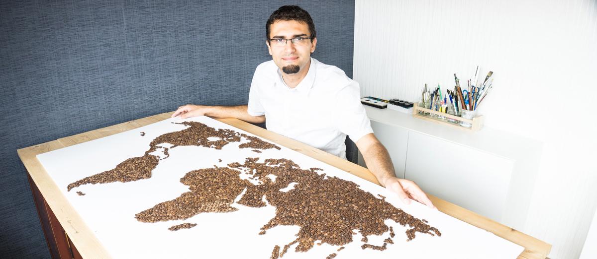 Ricardo-en-de-Wereldkaart-van-Koffiebonen-horizon